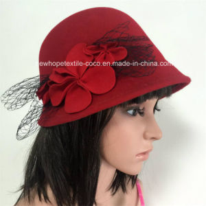 Fashion Colourful Fake Wool Lady′s Hat with Flowers Decoration pictures & photos