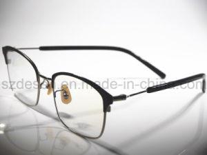 Low Price Wholesale Titanium Eyewear Optical Frames pictures & photos