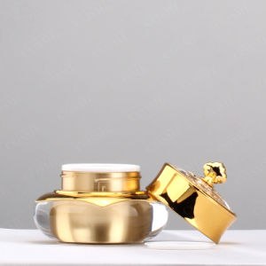 15ml 30ml 50ml Gold Crown Shaped Plastic Cosmetic Packaging pictures & photos