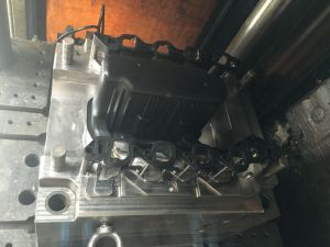 Engine Intake Manifold Injection Moulding pictures & photos