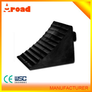 Traffic Used Rubber Wheel Chock pictures & photos