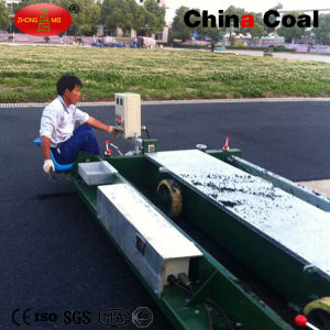 Tpj-1.5 Special Small Rubber Paving Machine pictures & photos