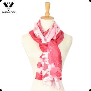 2016 Latest Lady Jacquard and Cutting Flower Cotton Viscose Scarf pictures & photos