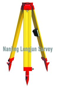 Wooden Tripod Total Station Survey (LJW10A) pictures & photos
