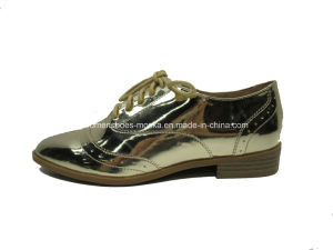 Small Block Heel Women Fashion Causal Shoes with Lace up pictures & photos