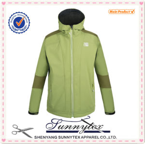 2016 Men Waterproof Softshell Jacket pictures & photos