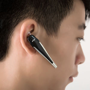 2017 New Mini Walkie Talkie Bluetooth Headset pictures & photos