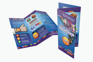 Folded Glossy Advertising Brochure (YY-B0026) pictures & photos