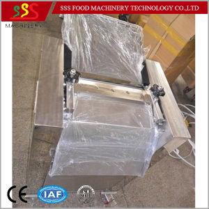 Manual Work Fish Pin Bone Remover Skinning Machine Fish Food Machinery Made in China pictures & photos