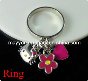 Fashion Jewelry-Hello Kitty Alloy Ring pictures & photos