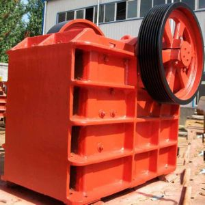 Jaw Crushing Machine/ Primary PE-200 X 300 Jaw Crusher pictures & photos
