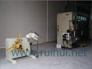 Nc Servo Feeder Use in The Feeder Line pictures & photos
