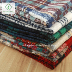 High Quality Cashmere Plaid Shawl Lady Fashion Acrylic Square Scarf pictures & photos