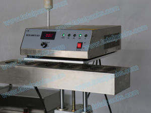 Automatic Induction Sealing Machine for Bottle with Foil Sealing of Pesticide (IS-200A) pictures & photos