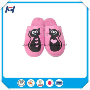 Cheap Indoor Custom Embroidery Personalized Slippers for Lady pictures & photos