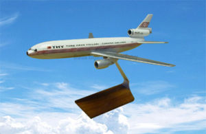 Douglas DC-10 Airplane Model Aircraft Product pictures & photos