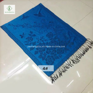2017 New Fashion Lady Pashmina Jacquard Scarf with Butterfly Shawl pictures & photos