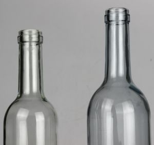 500ml, 750ml High-Grade Lead-Free, Transparent, Amber, Blue Water Bottles, Beverage Bottles, Wine Bottles pictures & photos