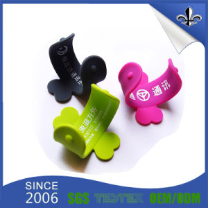 Custom Design Cool Style Cheap Silicone Cell Phone Stand pictures & photos
