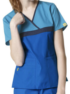 2017 Wholesale Custom Nurse Uniform for Hospital (A609) pictures & photos