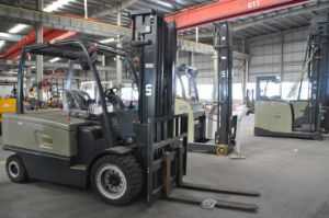 Big Capacity Electric Forklift Truck 4500 Kgs pictures & photos