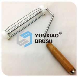 Wood Handle Frame for Paint Roller Brush pictures & photos
