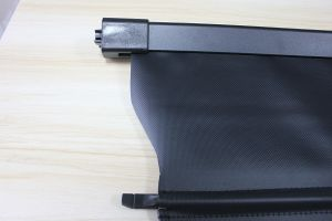 Retractable Luggage Shade SUV Cargo Cover for Benz Ml350 06-11 pictures & photos