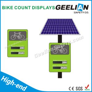 Pedestrian LED Flashing Traffic Solar Signs pictures & photos