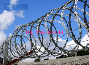 Stainless Steel Razor Barbed Iron Wire pictures & photos