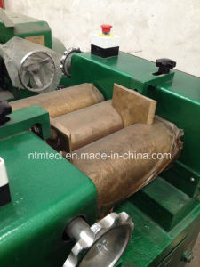 Horizontal Three Roll Mill for Leads Grinding pictures & photos