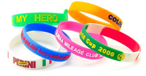 Fashion Promotional Logo Deboosed Color Filled Silicone Wristband pictures & photos