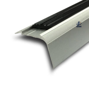 Rubber Stair Treads Carpet Stair Nosing pictures & photos
