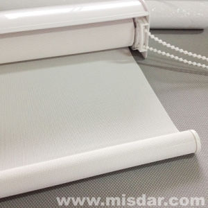 Ready-Made Manual Roller Blinds pictures & photos