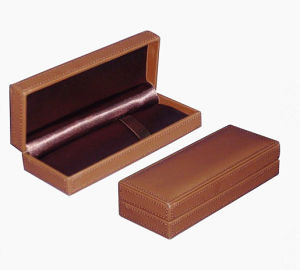 Luxury Brown Leather Pen Display Box pictures & photos