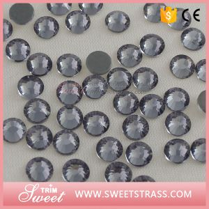 Factory Price Wholesale Apparel Accessory Hotfix Rhinestone pictures & photos