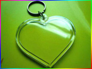 Newly Strong Quality Plastic Photo Keychain pictures & photos