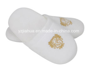 Soft Thickness Momory Sponge Indoor Hotel Slipper for Five Star Hotel pictures & photos