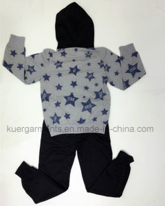 Fashion Boy Children Sport Suit Wear in Kids Clothes pictures & photos