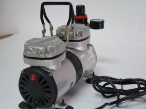 As19k 2016 Very Popular Product Electric Portable Air Compressor Hobby Airbrush pictures & photos