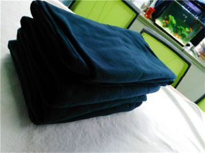 100%Polyester Fleece Disposable Airline Blanket (ES2091819AMA) pictures & photos