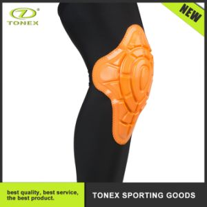High Breathable Compression Knee Sleeve with Silicone Pad pictures & photos