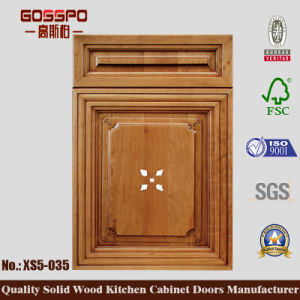 Classic Style Wooden Door for Kithcen Cabinet (GSP5-035) pictures & photos