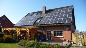 2.2kw Home Use off Grid Solar Power System pictures & photos