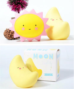Moon Smile Face Childrens Bedroom Nursery Night Lamp pictures & photos