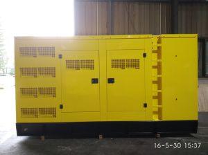 350kVA/280kw Cummins Water Cooled Soundproof Diesel Generator Set pictures & photos