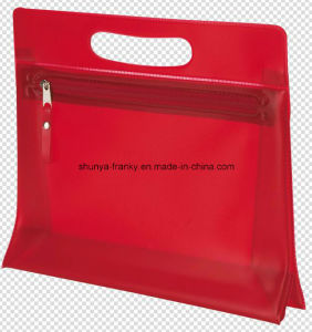 Red PVC Handle Bag Puck Hole Bag PVC Zipper Bag pictures & photos