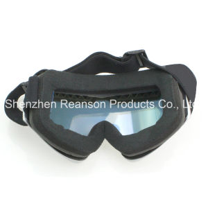 Reanson Double Lenses Helmet Compatible Anti-Fog Skiing Goggles pictures & photos