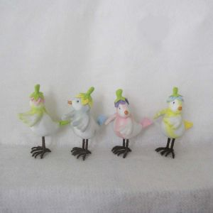 Green Blue Pink Yellow Standing Bird Decoration Easter pictures & photos