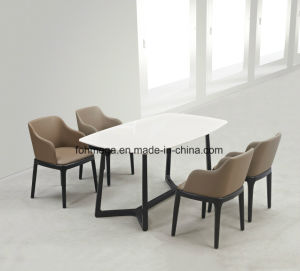 Special Design Customized Marble Restaurant Table with 4 Chairs (FOH-17R5) pictures & photos