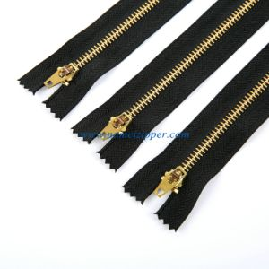 4.5# Brass Zipper Yg Slider for Jeans pictures & photos
